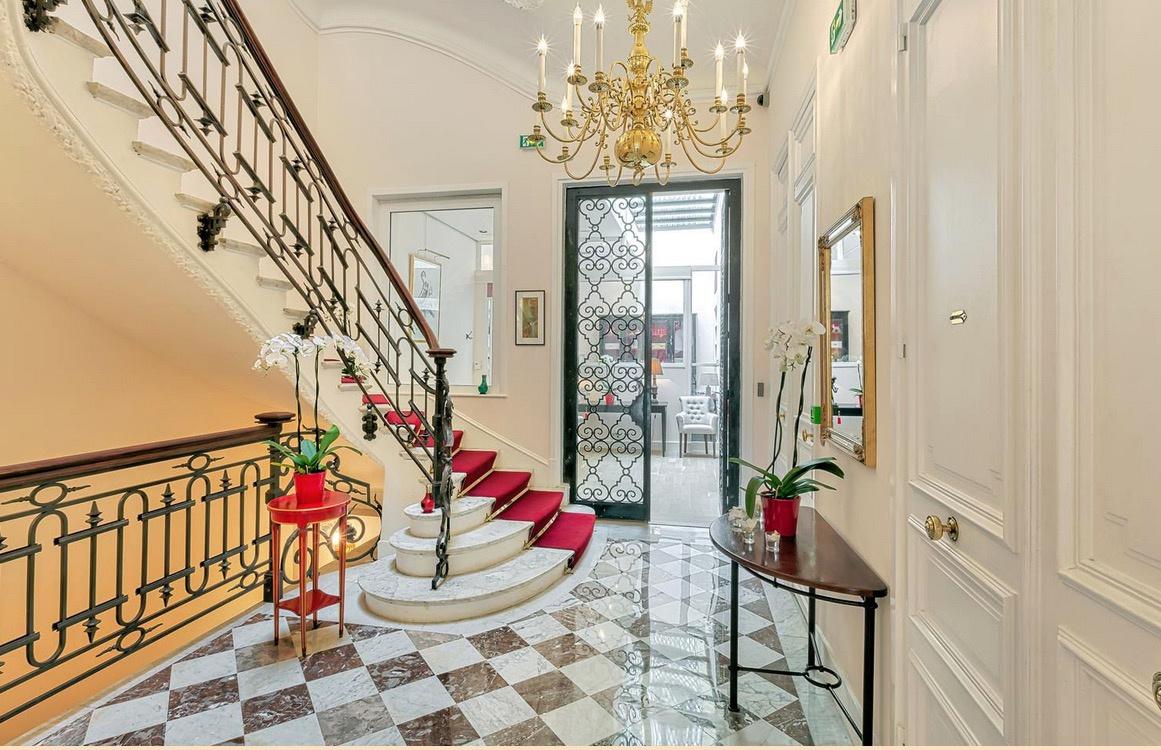Vente paris 16 etoile hotel particulier for Hotel particulier paris 16